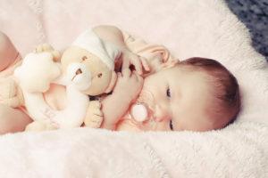 Damit das Baby ruhig und zufrieden ist, muss es mit der Ernährung klappen...